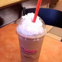 Photo taken at Dunkin' Donuts by Suzie Q. on 1/20/2014