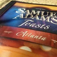 Foto diambil di Samuel Adams Atlanta Brew House oleh Steven T. pada 9/13/2013