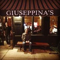 Das Foto wurde bei Giuseppina's von Megan G. am 3/29/2014 aufgenommen
