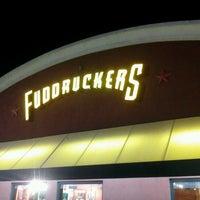 Photo taken at Fuddruckers by Desi S. on 1/28/2013