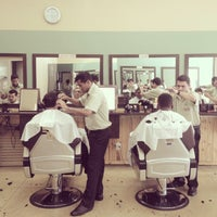 Photo taken at Barbearia do Onofre by Joana F. on 6/7/2014