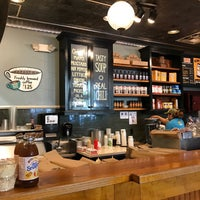 Photo taken at Potbelly Sandwich Shop by Lee H. on 4/11/2017