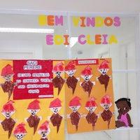 Photo taken at EDI Cleia Santos de Oliveira - Nova Holanda, Maré by Renata C. on 8/25/2014