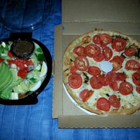 Photo taken at Moretti's Ristorante And Pizzeria by Rayne D. on 5/12/2014