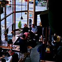 Das Foto wurde bei Latona Pub von Andy D. am 3/16/2013 aufgenommen