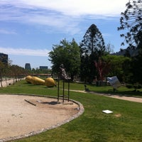 Foto tirada no(a) Parque de las Esculturas por Nicolás A. em 10/28/2012
