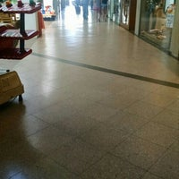 Foto tirada no(a) Parquecentro Shopping por Fernanda B. em 7/13/2016