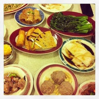 Photo taken at Nom Wah Tea Parlor by Bea V. on 1/9/2013
