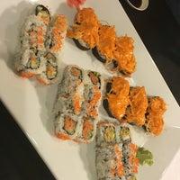 Photo taken at Midori Japanese Restaurant by Nini W. on 5/8/2016
