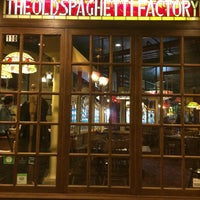 Photo taken at The Old Spaghetti Factory by Bee P. on 6/5/2016