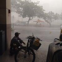 Photo taken at Shell Tol Batu 3 by 🎀 ediey shrizn 🎀 on 9/4/2014