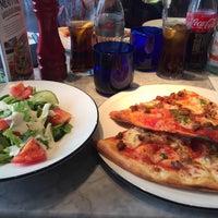 Photo taken at PizzaExpress by Lau G. on 9/23/2016