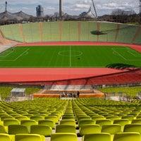 4/10/2013に« uʍop-ıɐs-dn ».がOlympiastadionで撮った写真