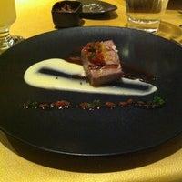 Photo taken at Restaurante Virú by Eduardo L. on 4/25/2014