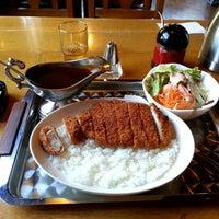 Photo taken at 珈琲とカレー ともしび by Tadashi O. on 5/16/2014