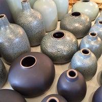 9/22/2013 tarihinde Taro M.ziyaretçi tarafından Heath Ceramics'de çekilen fotoğraf
