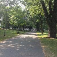 Снимок сделан в Forest Recreation Ground пользователем Locksley M. 7/18/2013