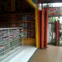 Photo taken at Bintang Oblong Djogja by okta E. on 12/31/2013