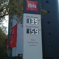 Photo taken at Ibis Hotel Essen Hauptbahnhof by Peter v. on 10/23/2014