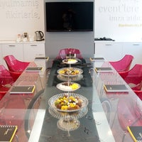 Photo taken at Face To Face The Eventsetter by Face To Face The Eventsetter on 1/24/2014