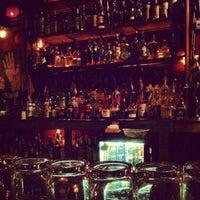 Foto scattata a Poison Girl da Matt L. il 12/6/2012