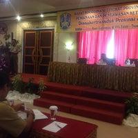 Photo taken at Vanda Gardenia Resort Trawas by Sugenk E. on 8/19/2014