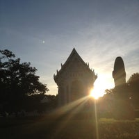 Photo taken at Wat Chonprathan Rangsarit by Bonqpun R. on 10/3/2012