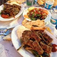 8/2/2012 tarihinde •Erdal S.ziyaretçi tarafından Köfteci Mehmet usta'de çekilen fotoğraf