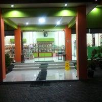 Photo taken at Tahu Baxo Bu Pudji by Erfandi S. on 11/18/2014