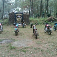 Photo taken at sekre cb bandung classic old cycle by Delly S. on 9/4/2013