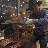 Foto tirada no(a) Meatlounge Steakhouse por Sultan A. em 10/7/2015