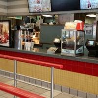 Photo taken at Burger King by Jason U. on 11/24/2013