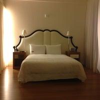 Foto tirada no(a) Mondrian Hotel por Viridiana N. em 1/11/2013
