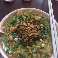Photo taken at Kedai Makan Sow Mui by Eric C. on 8/17/2015