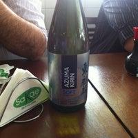 Foto tirada no(a) Sakae Sushi por Newton D. em 11/28/2012