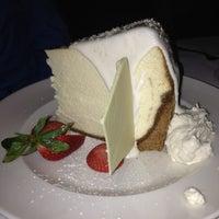 2/10/2013 tarihinde Lori N.ziyaretçi tarafından Pappas Bros. Steakhouse'de çekilen fotoğraf