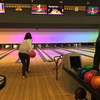 Photo taken at Bowling Stones by Delphine H. on 4/5/2017
