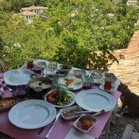 Foto diambil di Nişanyan hotel oleh Mehpare B. pada 6/23/2018