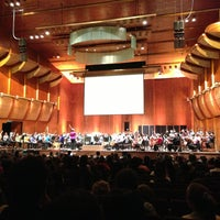 Photo prise au New York Philharmonic par Eyal G. le5/24/2013