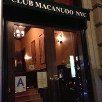 Photo prise au Club Macanudo par Eyal G. le12/6/2012