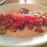 Photo taken at Tutta Bella Neapolitan Pizzeria by Vivek on 7/20/2013