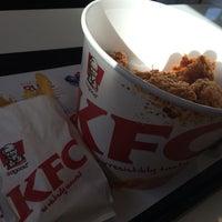 Photo taken at KFC by Czaringring B. on 7/10/2014