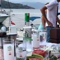 Foto scattata a Fethiye Yengeç Restaurant da Yusuf A. il 7/26/2018