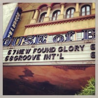 Photo taken at House of Blues San Diego by Chonway T. on 6/8/2013