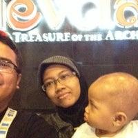 Photo taken at Bali Nusa Dua Theatre by Brasto Galih N. on 3/28/2014