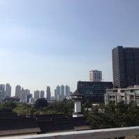 2/9/2014 tarihinde Rae S.ziyaretçi tarafından HI Sukhumvit Hostel'de çekilen fotoğraf