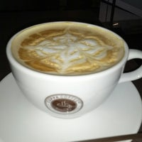 Photo taken at Cuppa Coffee inc. by Haunz™ on 11/3/2012