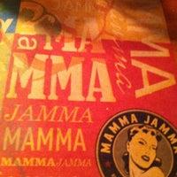 Foto tirada no(a) Mamma Jamma por Daniela P. em 11/9/2012