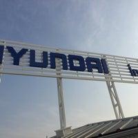 Photo taken at HYUNDAI İNALLAR by Kadir K. on 11/23/2016