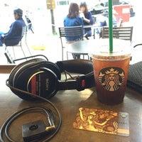 Photo taken at Starbucks by Hiro K. on 5/4/2016